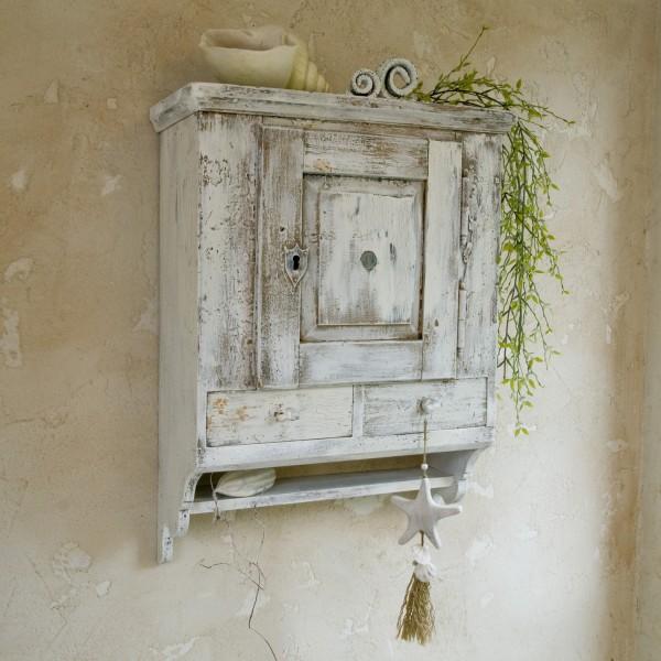 Hängeschränkchen antik in Shabby chic